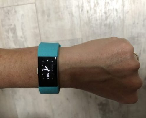 Fitness Tracker mit integrierter Pulsmessung Fitbit Charge 2